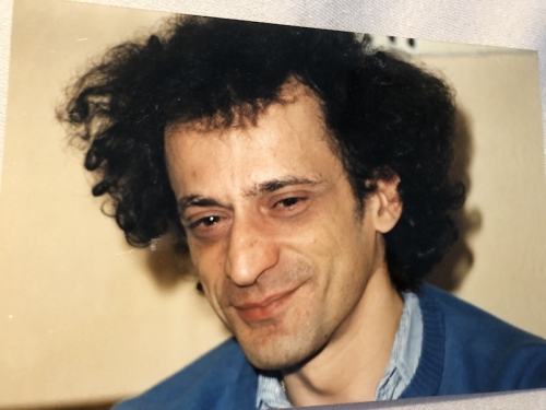 CHRISTIAN GUEZ R portrait sourire.jpg