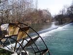 Moulin à eau Isle sur Sorgue 1.jpeg