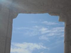 DS Ciel entre colonnes.JPG