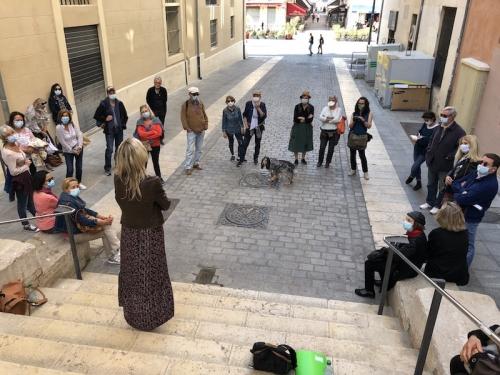 IMG_1570 2 Marjolaine séquence Toursky La chienne Elfie écoute.JPG