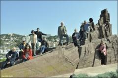 Les poètes du Scriptorium sur le monument d'Amado à Rimbaud lors du jumelage avec Pistoia avril 2010.jpg