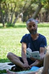 4 Karim lit Eluard - copie.jpg