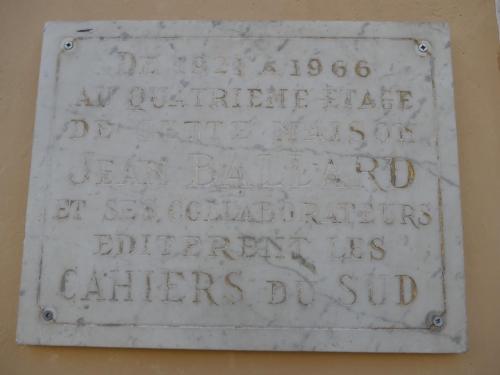 plaque des Cahiers du Sud.jpg