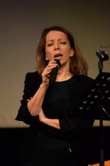 Marsiglia segretaria cantante AUDREY.jpg
